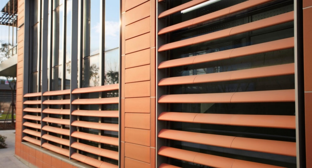 Agrob-Buchtal-KeraTwin-K20-ceramics-Microsoft-campus-building-1024x683-522004-edited.jpg
