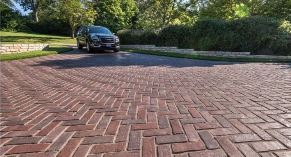Product Innovations Make it Simple to Seal Damp Pavers