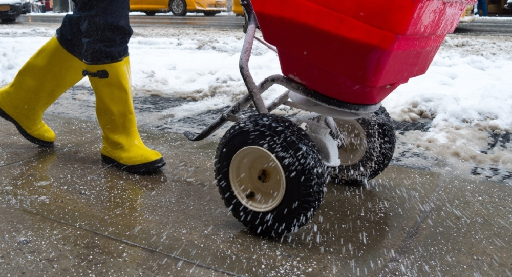Three Types of De-Icing Salts You Need to Know This Winter